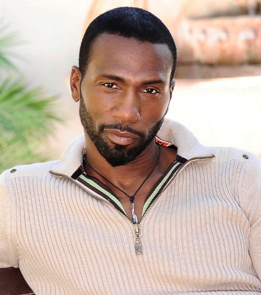 "actor leon robinson dating ""i will always love peter and have his back,"" concedes the mom of noelle, 17 ( with actor leon robinson) with 50 looming, though, bailey took stock and realized oh baby 'teen mom' amber portwood welcomes son james with boyfriend andrew glennon 'fk you' scheana runs off stage crying."